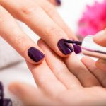 bar-ongles-main-vernis